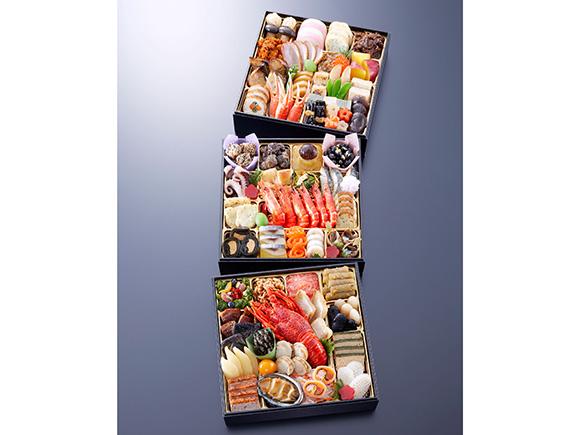 京料理の彩りをバラエティー豊かに詰めた特大おせち